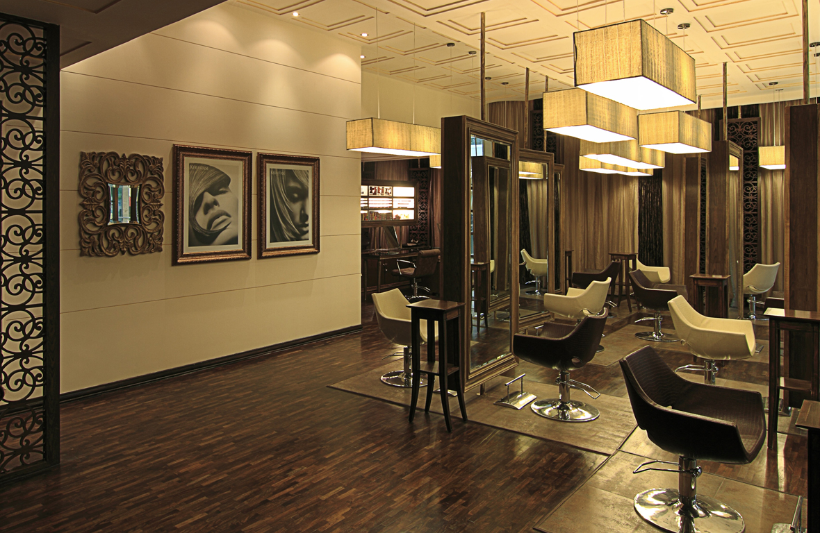 Play-Salon-Mantri-Square-Malleswaram-Interiors-2