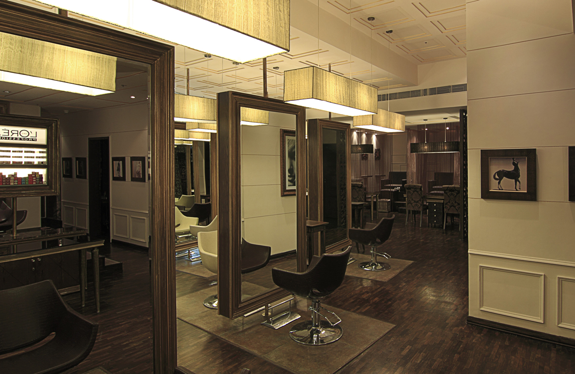 Play-Salon-Mantri-Square-Malleswaram-Interiors-3
