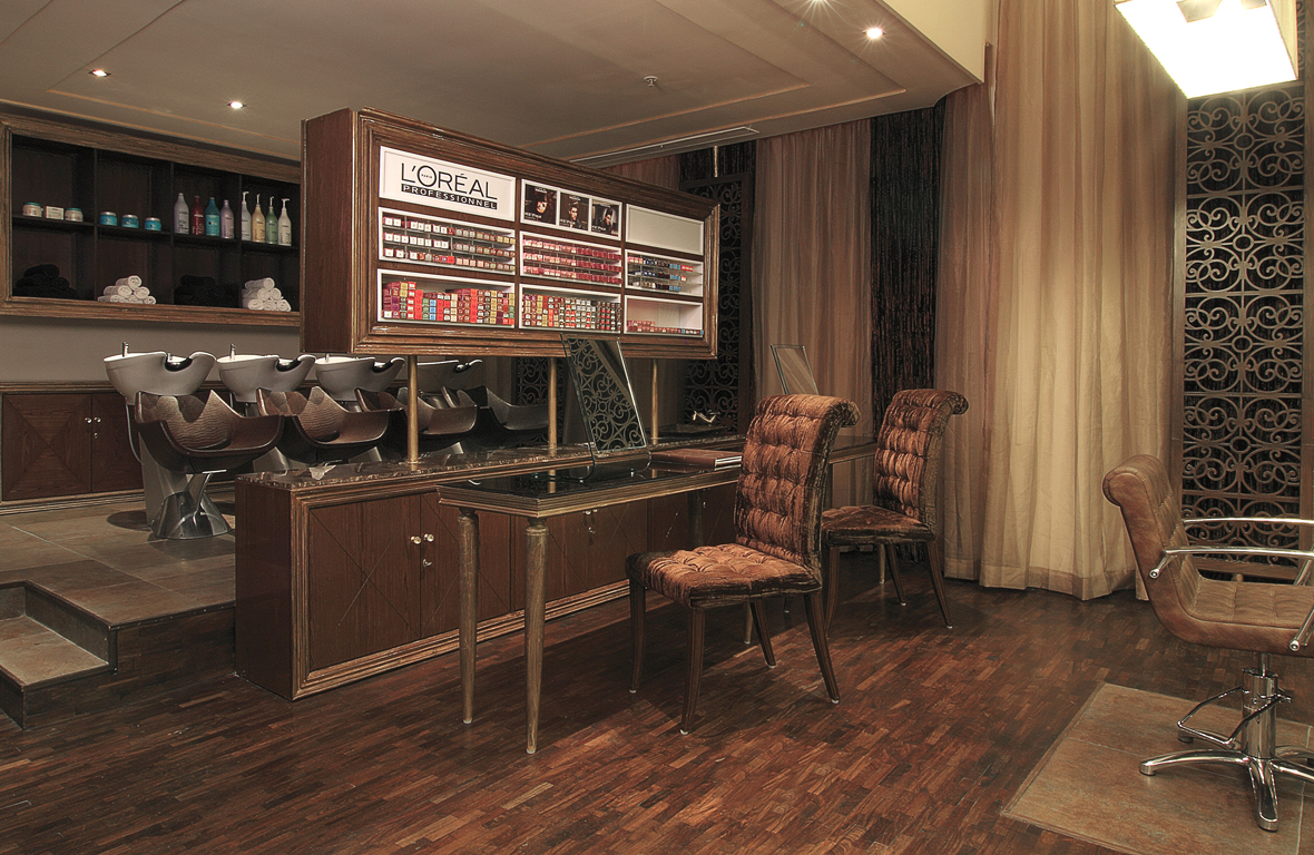 Play-Salon-Mantri-Square-Malleswaram-Interiors-7