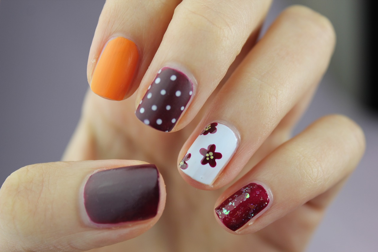Nail-Art-The-Latest-Fashion-Trend-Play-Salon